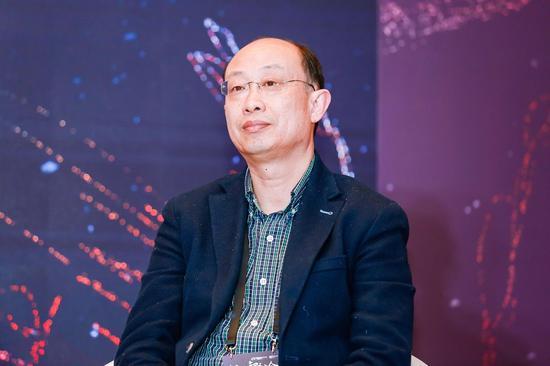 对外经济贸易大学教授王健