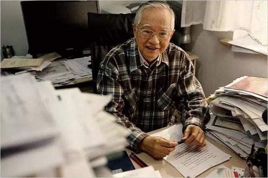 吴敬琏:信息时代的行、思与学