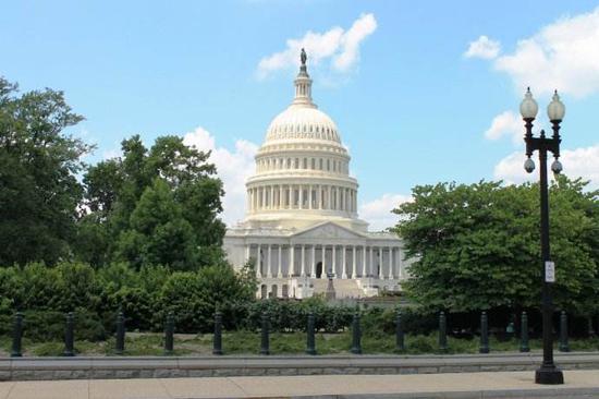 特朗普4.4万亿美元预算:国防开支和预算赤字大增