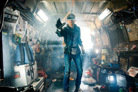 """斯皮尔伯格的新电影""""头号玩家""""或驱动AR设备销售"""