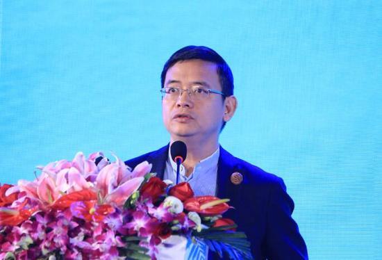 图为深圳东方港湾投资管理股份有限公司董事长但斌(新浪财经 杜琰摄)
