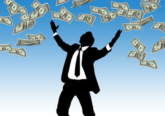受税改刺激 美企两个月宣布2180亿美元股票回购计划