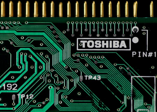东芝考虑将存储芯片业务上市