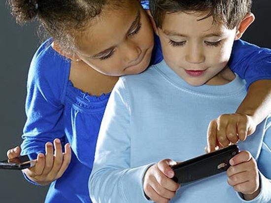 激进投资者呼吁苹果应对儿童沉迷手机问