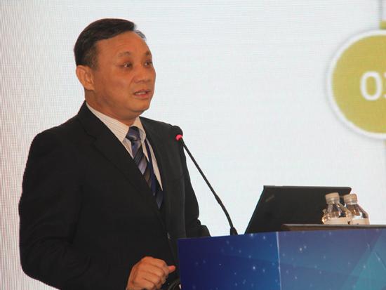 中诚信集团创始人,中国人民大学经济研究所联席所长毛振华