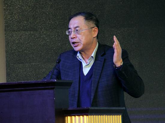 中国企业联合会常务副会长兼理事长朱宏任