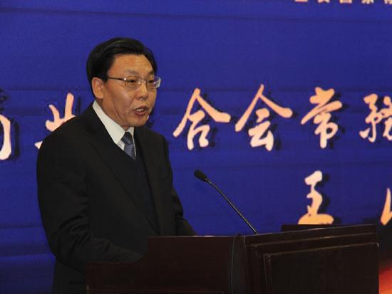 中国商业联合会常务副会长兼秘书长王民