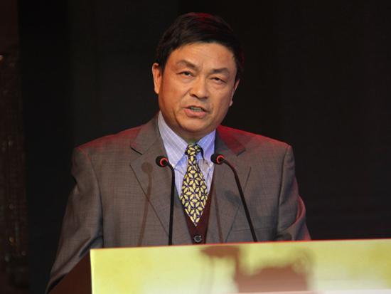 中国商业联合会副会长、专家工作委员会主任傅龙成