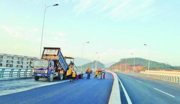 厦漳同城大道主线建设已近尾声 最后4公里月底要通了