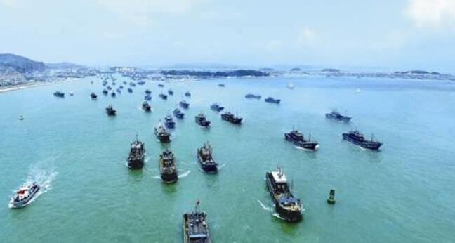 开渔啦!漳州1800余艘渔船同时扬帆出海作业