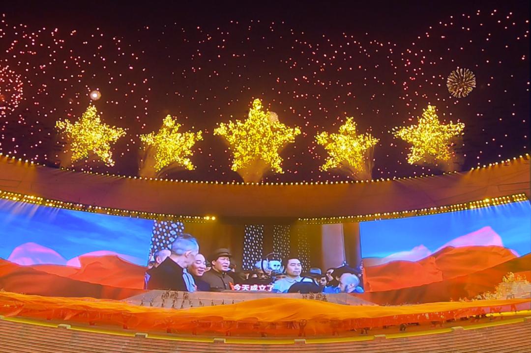 《伟大征程》里绝美焰火是如何设计出来的?