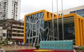省少儿图书馆开设分馆 位于宝龙新华都可通借通还