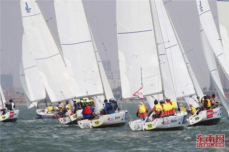 中国内地第一大帆船挑战赛 在厦门五缘湾拉开帷幕