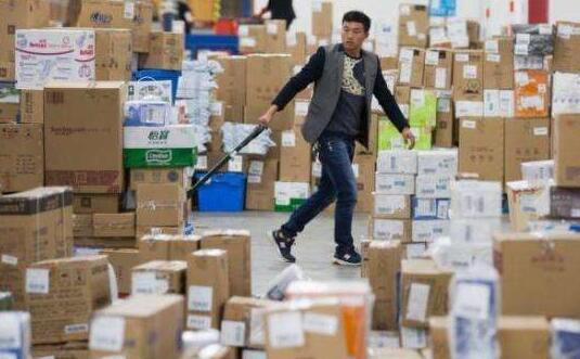 福州快递企业备人备钱 双11快递员收入或增三成
