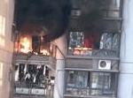 漳州一小区起火消防门竟打不开 30多人逃生被堵