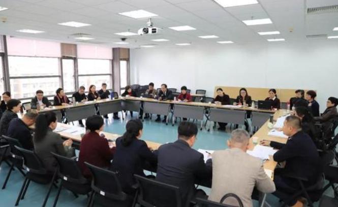 思明区政协八届三次会议开幕 委员们建言献策补短板