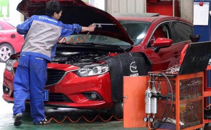 假期后福州进入汽车维修保养高峰期 元宵后或将缓解