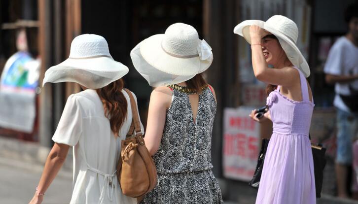"""今天福州全市持续""""高烧"""" 仓山高温甚至可达40℃"""