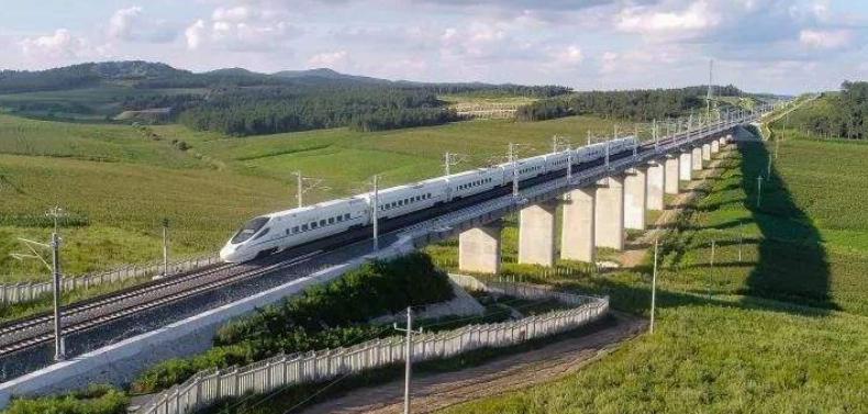 南龙铁路即将开通 环闽快速铁路封口成形