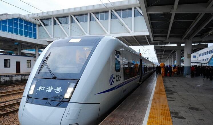 应对春运客流高峰 厦门往多个方向加开列车