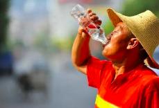 今明两天福州高温仍将持续 14日起有所缓解