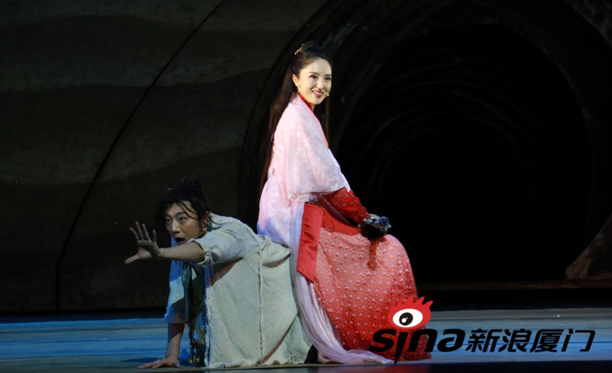 董璇来厦领衔出演舞台剧《大话西游》
