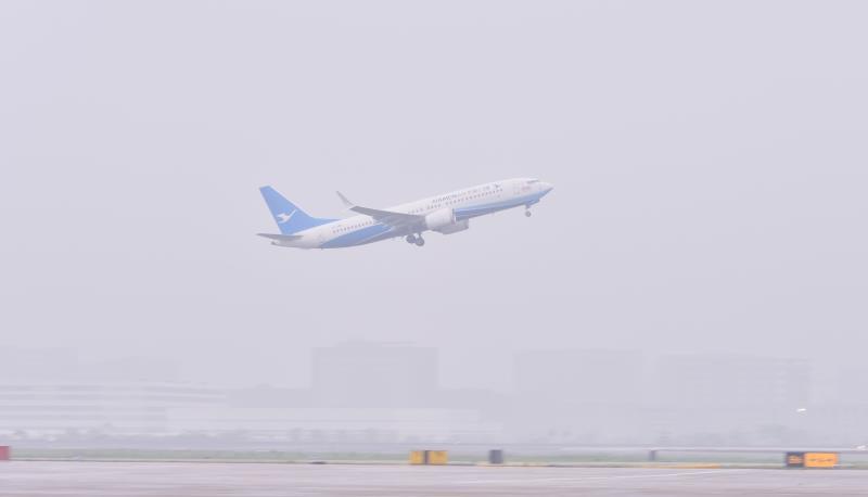 厦航10架波音737MAX飞机调机西北、华北封存