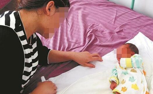 泉州:15岁少女不知自己怀孕 腹痛诞下残疾女婴
