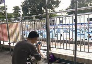 漳州8岁男孩小区泳池溺亡 多个小区救生员无证上岗