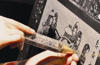"""闽南影雕传人讲述""""绣石头""""传奇 普京:美人刻美女"""