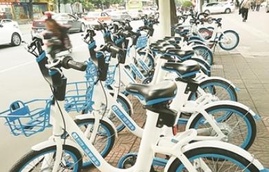 漳州市区现共享电动车 市民:未上牌能否上路行驶