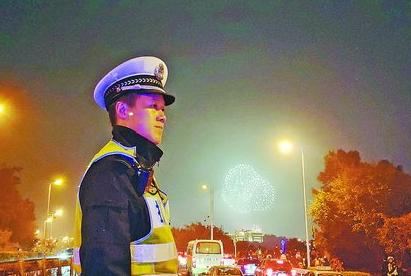 为鹭岛静好万家祥和 思明警察也是其中的坚守力量