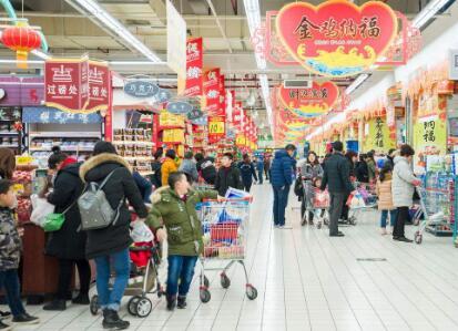逛超市专偷顾客财物 男子第4次出手时被抓现行