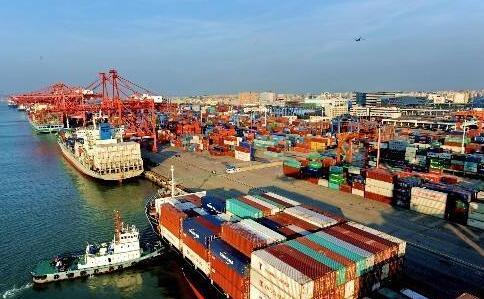 厦门港新增一条阿联酋航线 途经东南亚及中东港口