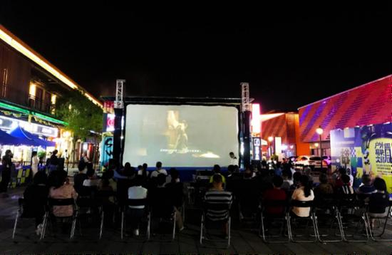 免费观影啦!户外展映文化周海沧站将于11月1日启动