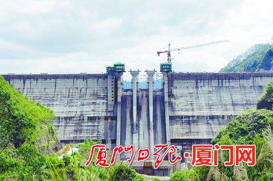 已经全面封顶的上存大坝。