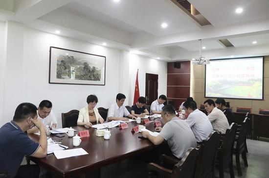 余红胜市长调研三明一中复办初中工作