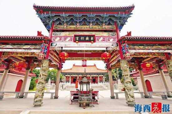 陈和永修缮的东岳行宫雕梁画栋,气势非凡。通讯员 朱毅力 摄