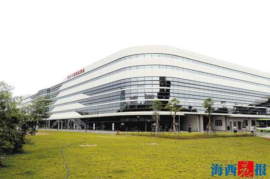 BRT 高崎机场站。