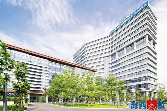 厦门大学心血管病医院五缘湾新址外景。通讯员供图