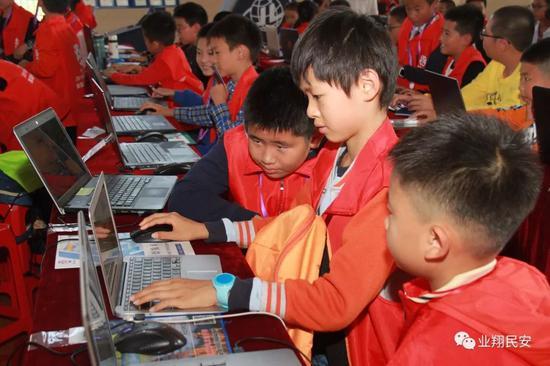 以梦为马 智创未来!翔安区举行首届中小学创客大赛