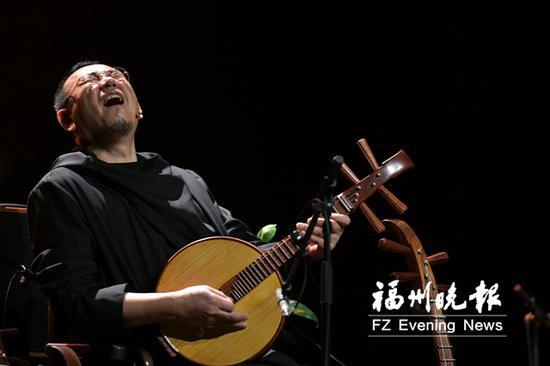 传奇音乐人冯满天亮相海峡文化艺术中心