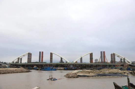 福州滨海新城首座沿海景观桥预计元旦通车