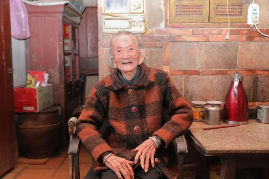 """岛外""""第一寿星""""109岁,世纪老人的长寿秘诀是……"""