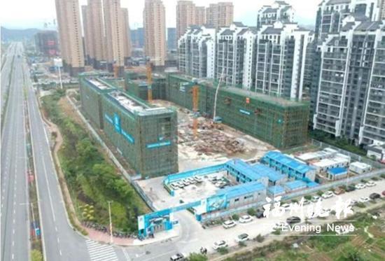 福清市滨江小学第二校区项目已全面封顶。