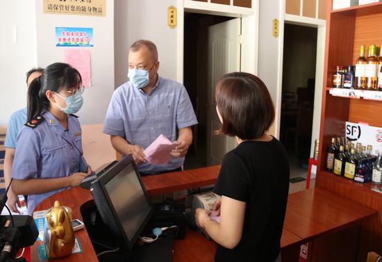 福州市食安办副主任蔡晓峰带队赴永泰开展秋季校园疫情防控和食品安全重点工作督查