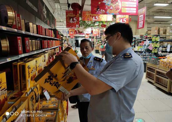 马尾区市场监管局开展中秋国庆节令食品专项检查