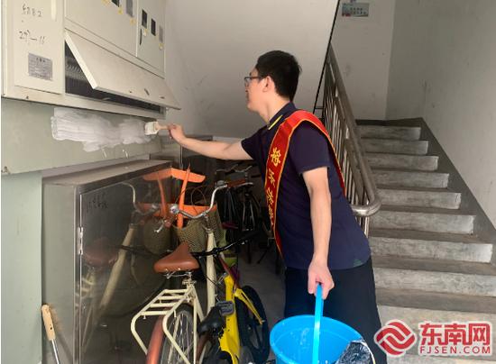 """三明将乐法院开展""""美化环境 清洁家园""""志愿服务活动"""