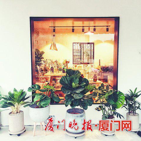 杨龙潭的水泥工作室。