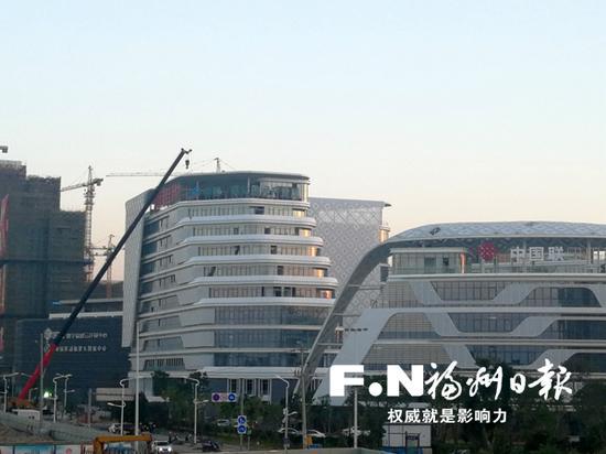 中国东南大数据产业园研发楼二期项目正在装修。